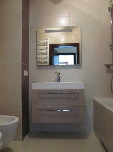 widok na umywalkę - zdjęcie po realizacji